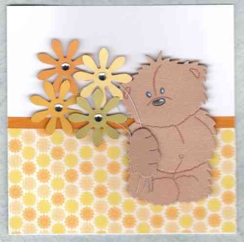 HB90 Shy Bear with Flowers